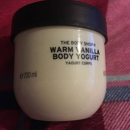 The Body Shop Warm Vanilla Body Yogurt  200ml
