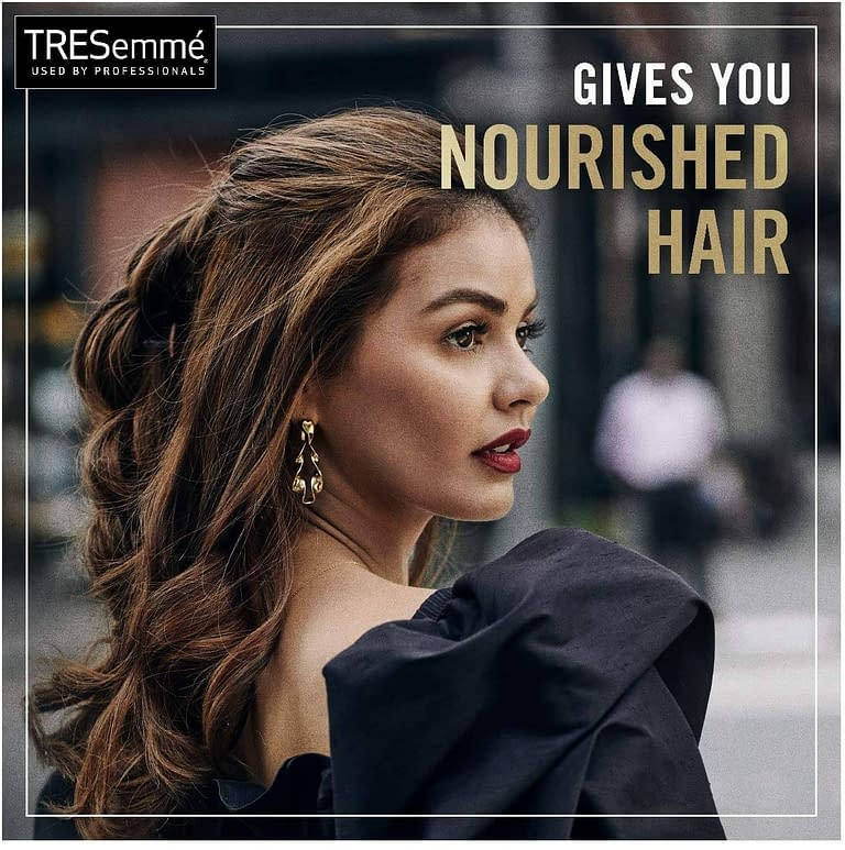 Tresemme Botanique Nourish and Replenish Shampoo 700 ml 29*